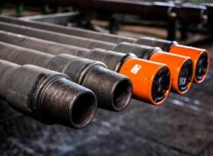 Thread protectors for drilling pipes